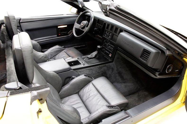 1986 Chevrolet Corvette 23