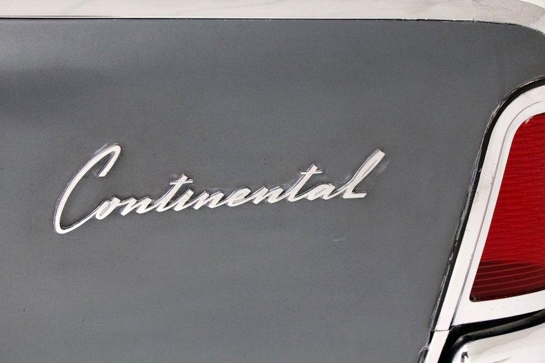 1963 Lincoln Continental 14