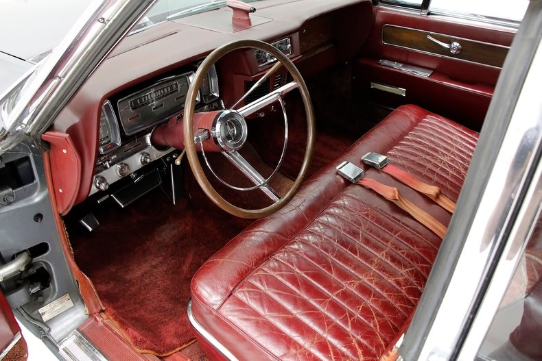 1963 Lincoln Continental 21