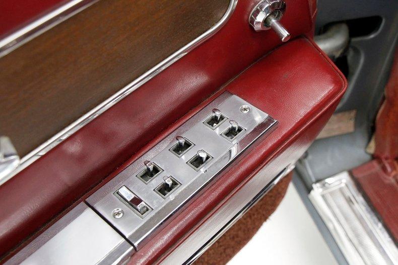 1963 Lincoln Continental 23