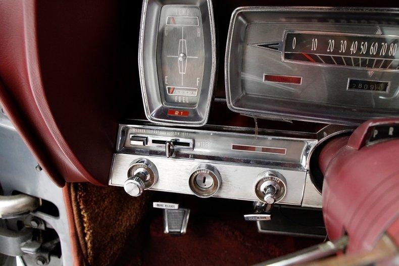 1963 Lincoln Continental 31