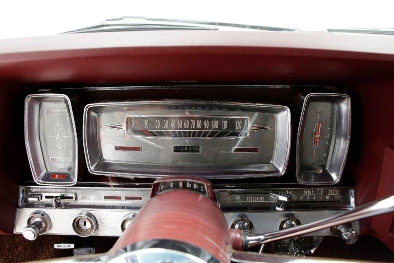 1963 Lincoln Continental 29