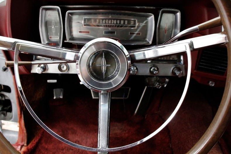 1963 Lincoln Continental 34