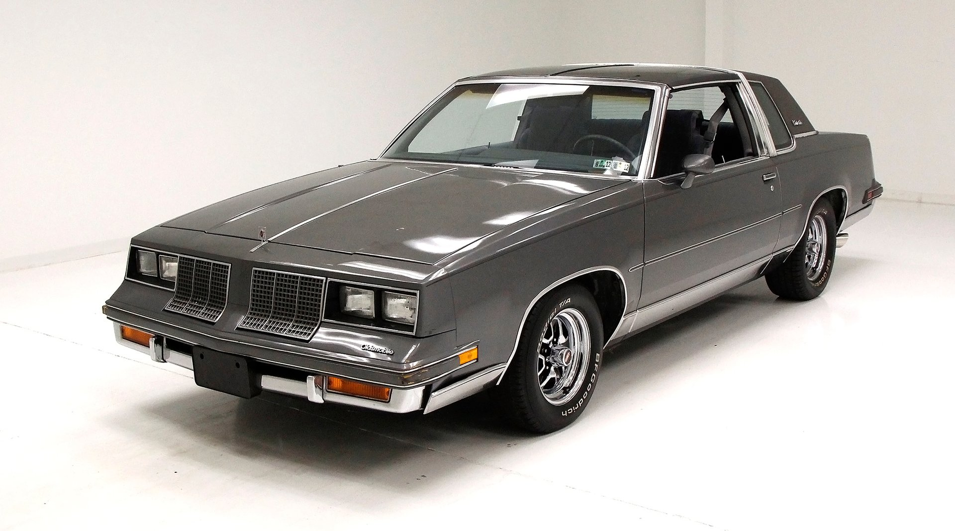 1985 Oldsmobile Cutlass Salon