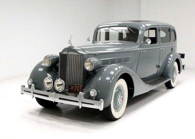 1935 Packard 1200 1