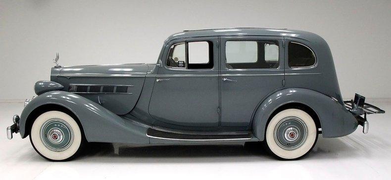 1935 Packard 1200 2