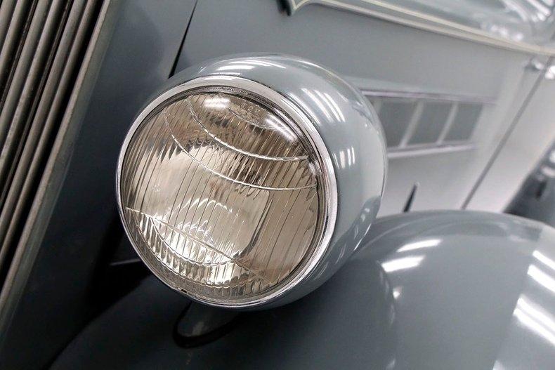 1935 Packard 1200 9