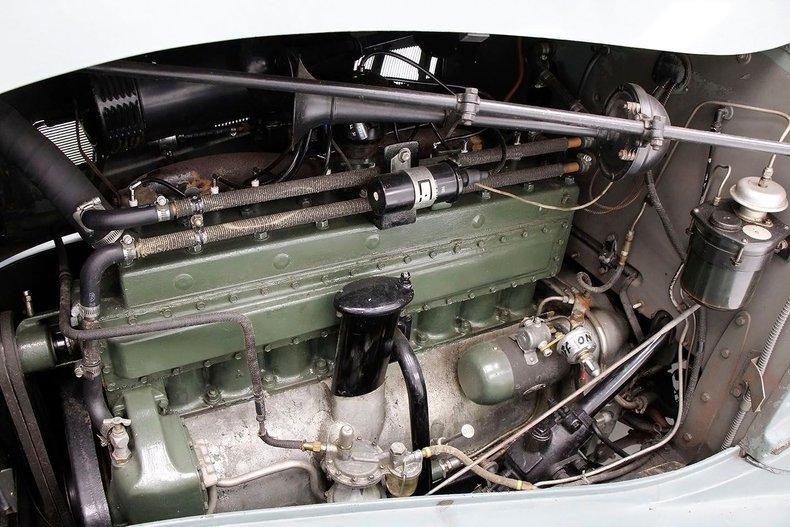 1935 Packard 1200 23