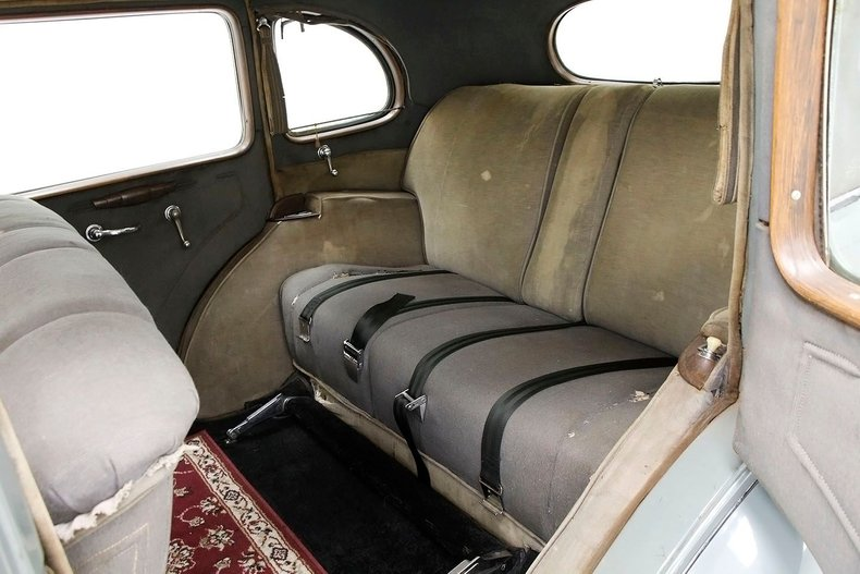 1935 Packard 1200 30
