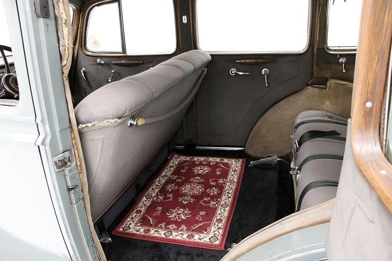 1935 Packard 1200 31