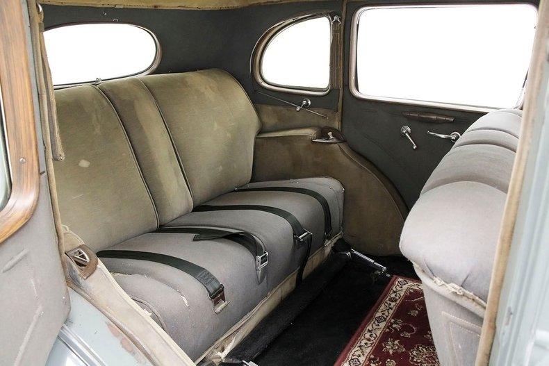 1935 Packard 1200 33