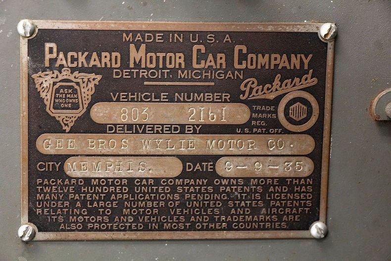 1935 Packard 1200 66