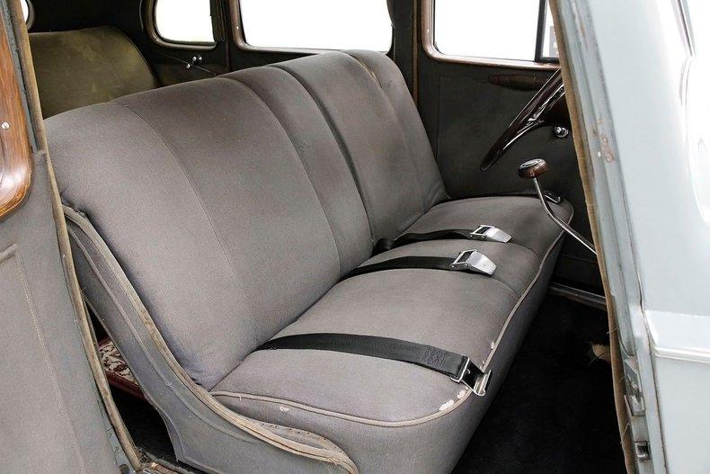 1935 Packard 1200 36