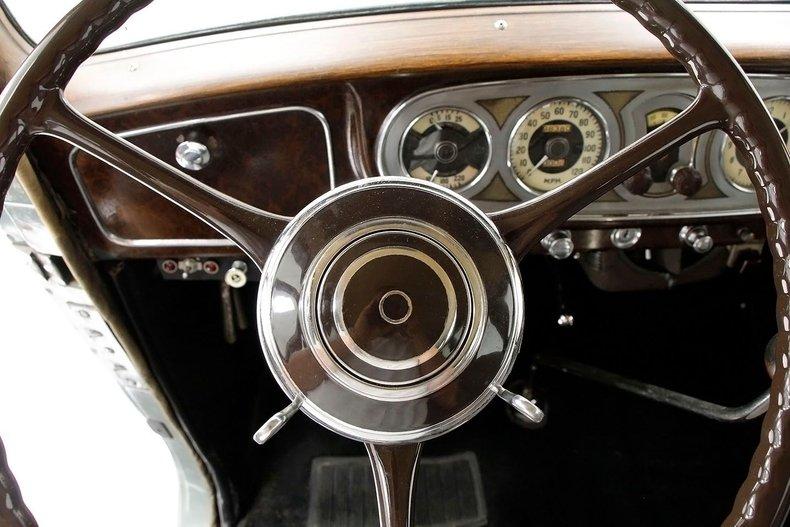 1935 Packard 1200 39
