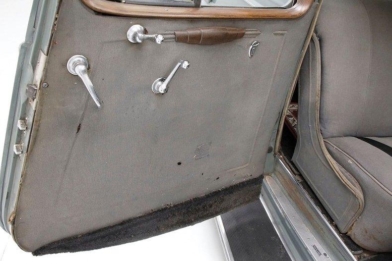 1935 Packard 1200 35