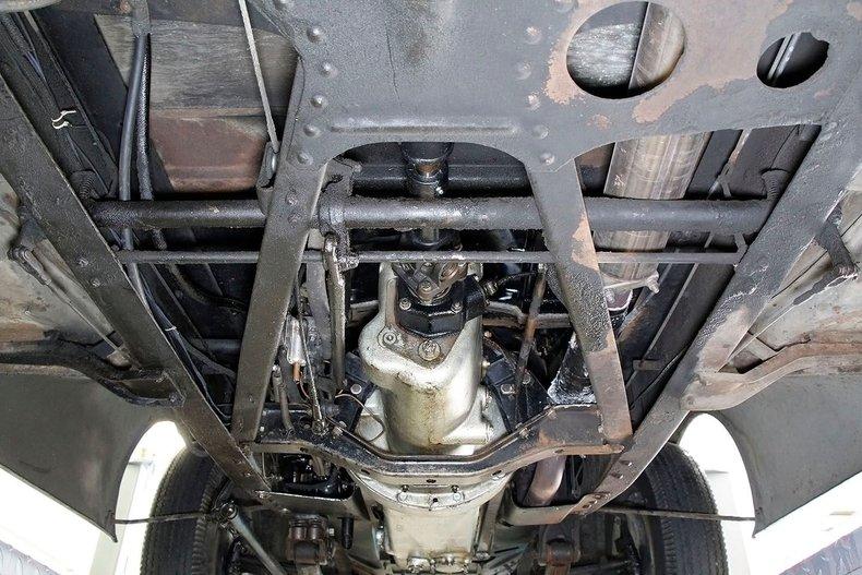 1935 Packard 1200 52