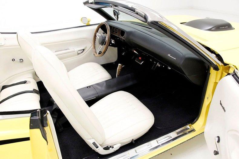 1970 Plymouth 'Cuda 33