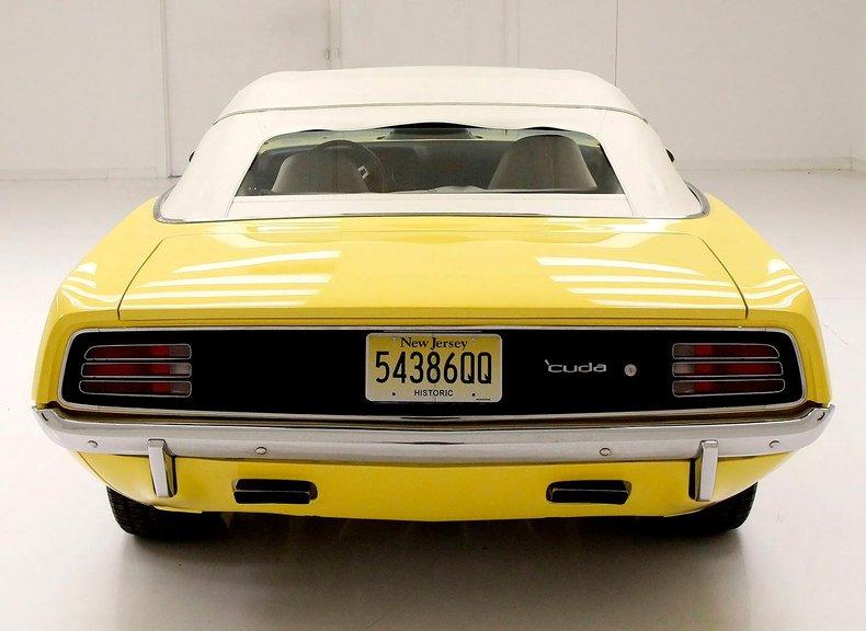 1970 Plymouth 'Cuda 8