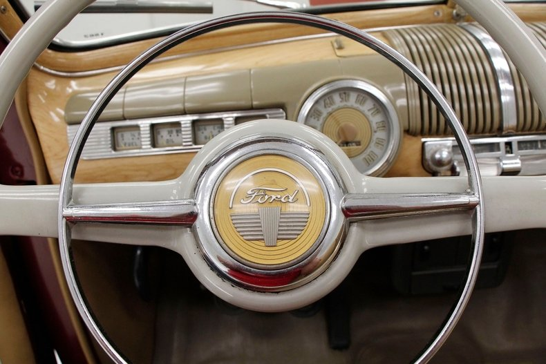 1948 Ford Super Deluxe 37