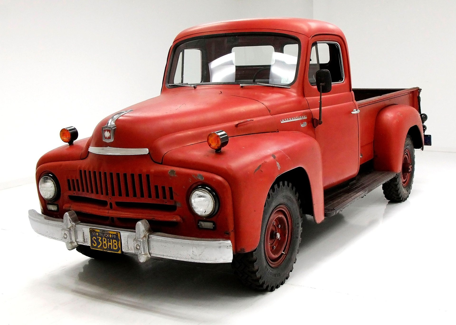1950 International L-120
