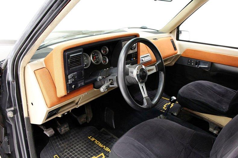 1988 Chevrolet C1500 19