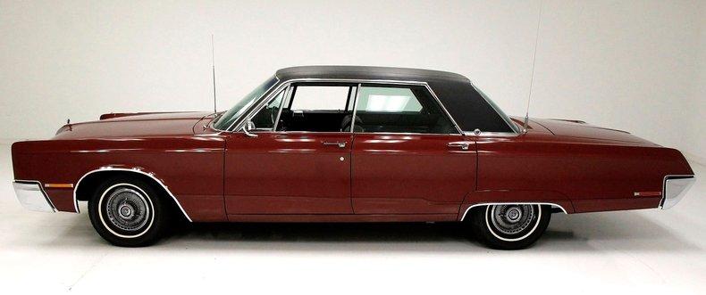 1967 Chrysler 300 2