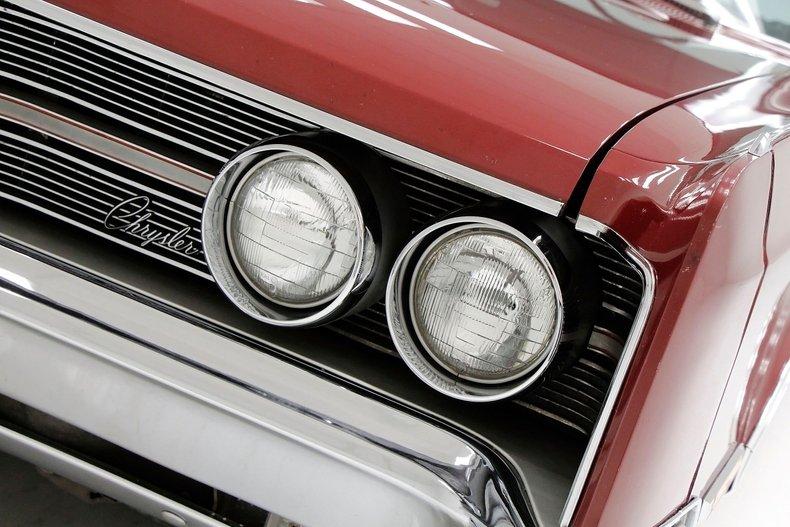 1967 Chrysler 300 11