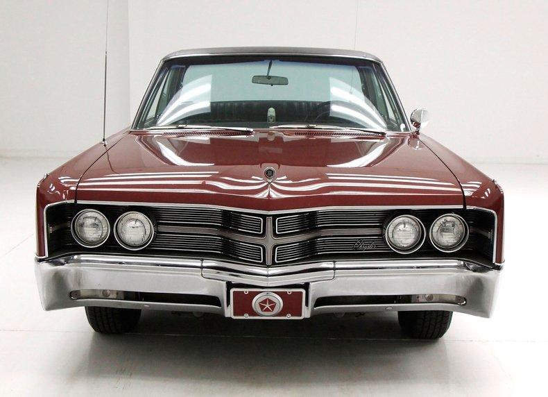 1967 Chrysler 300 8