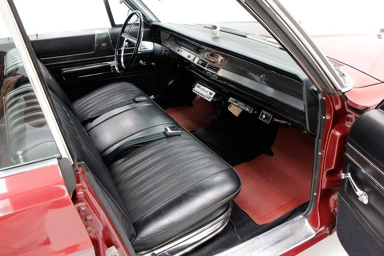 1967 Chrysler 300 23