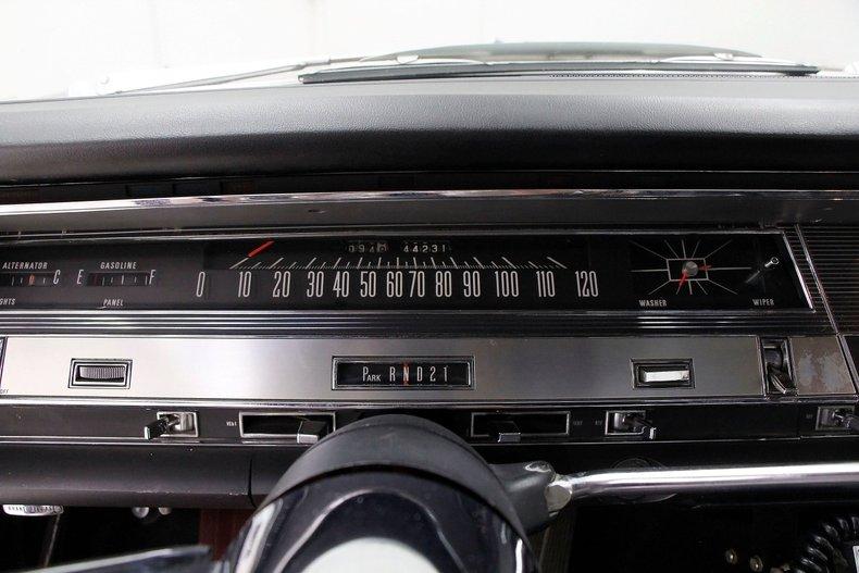 1967 Chrysler 300 26