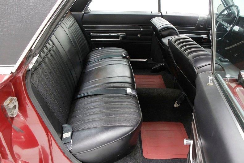 1967 Chrysler 300 25