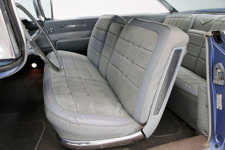 1960 Cadillac Coupe DeVille 26