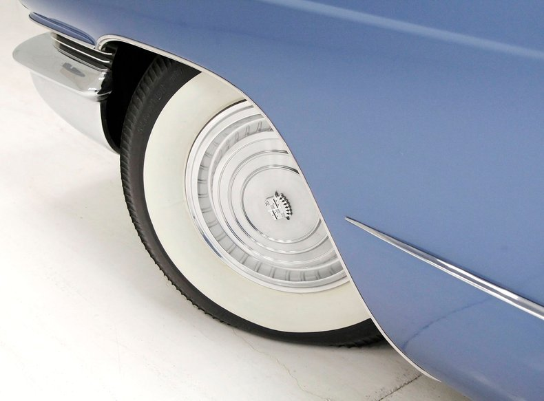1960 Cadillac Coupe DeVille 10