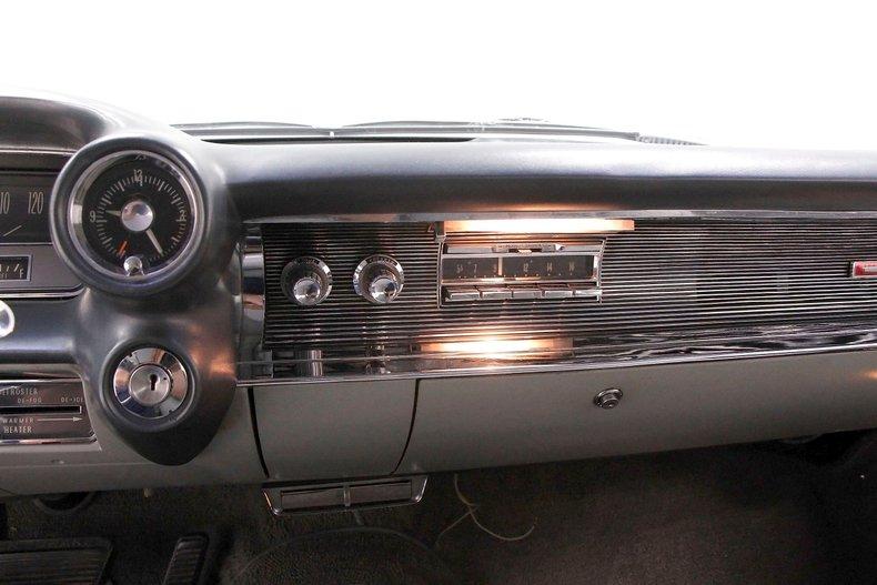 1960 Cadillac Coupe DeVille 38