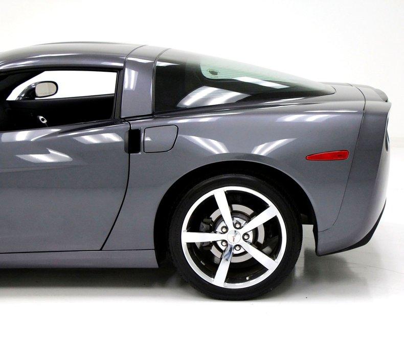 2010 Chevrolet Corvette 3