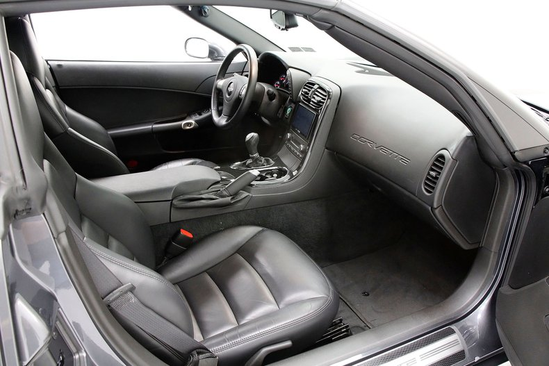 2010 Chevrolet Corvette 21