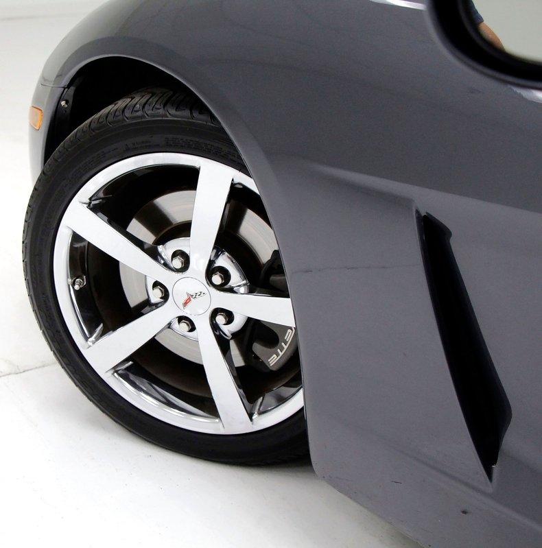 2010 Chevrolet Corvette 10