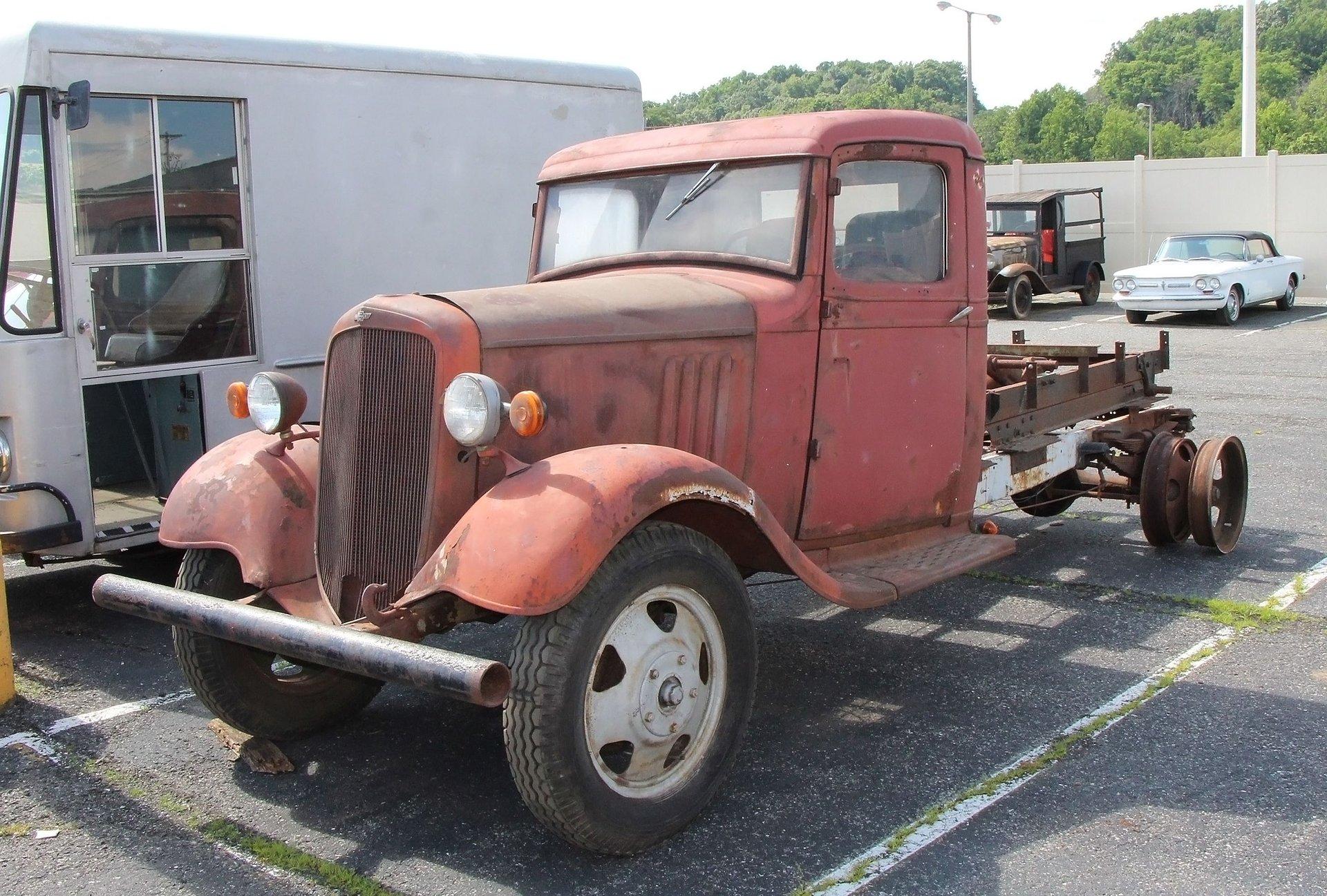 1935 Chevrolet Dump Truck