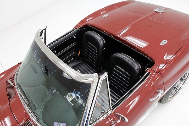 1966 Chevrolet Corvette 21