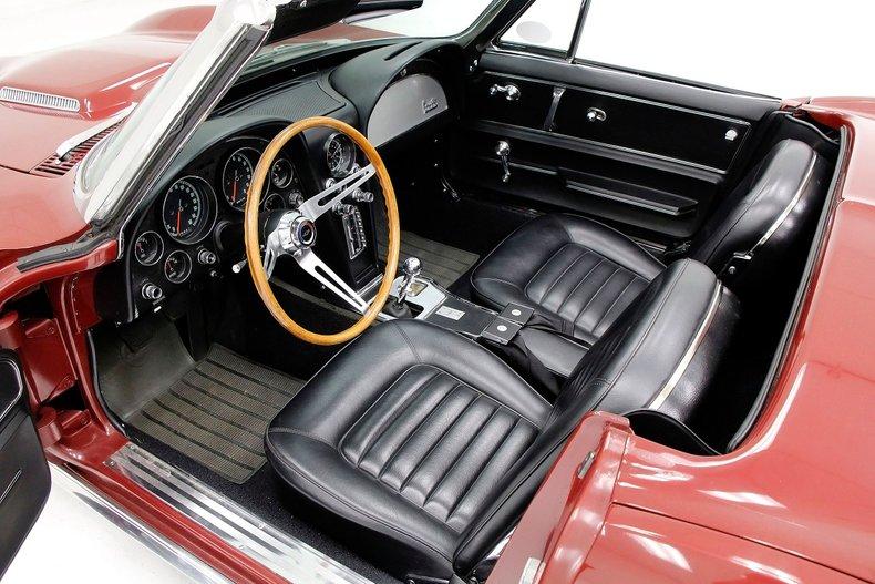 1966 Chevrolet Corvette 23