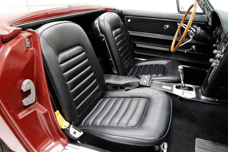 1966 Chevrolet Corvette 26