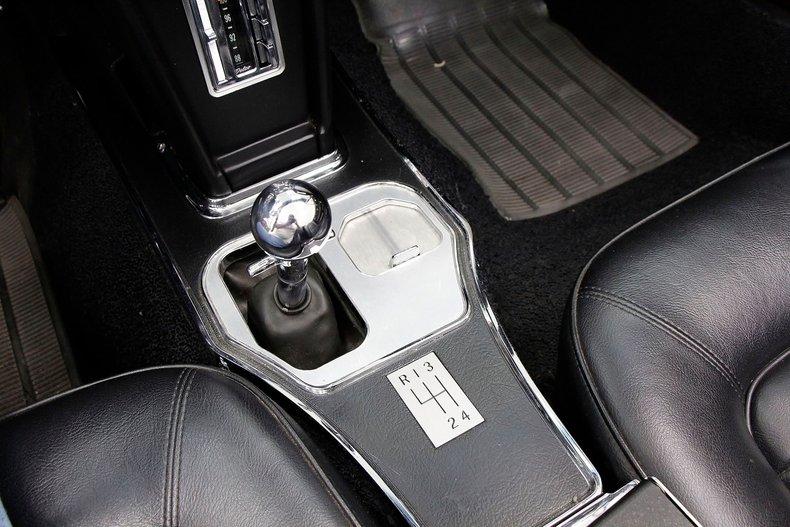 1966 Chevrolet Corvette 30