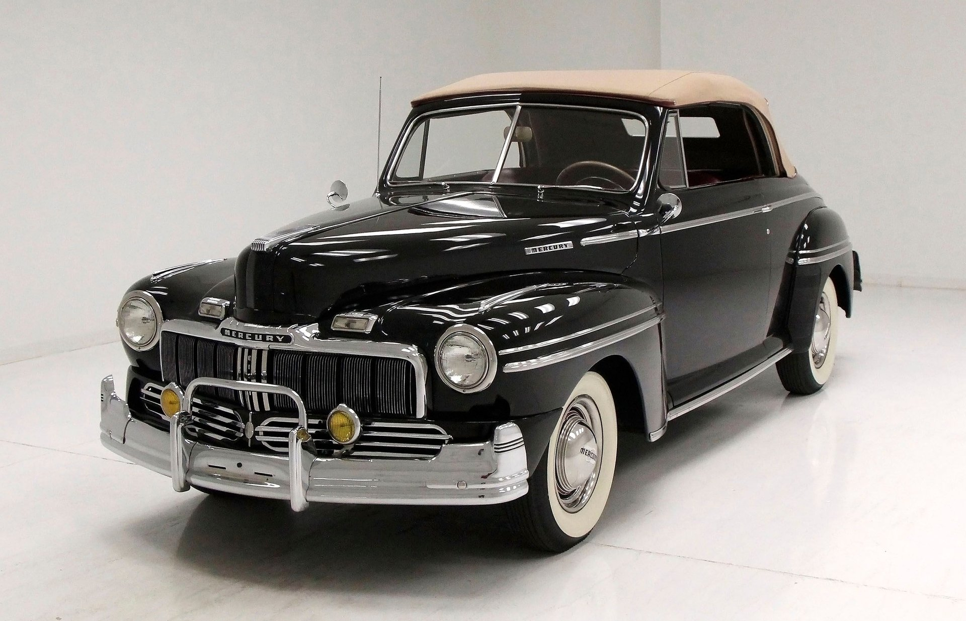 1948 Mercury Deluxe 8