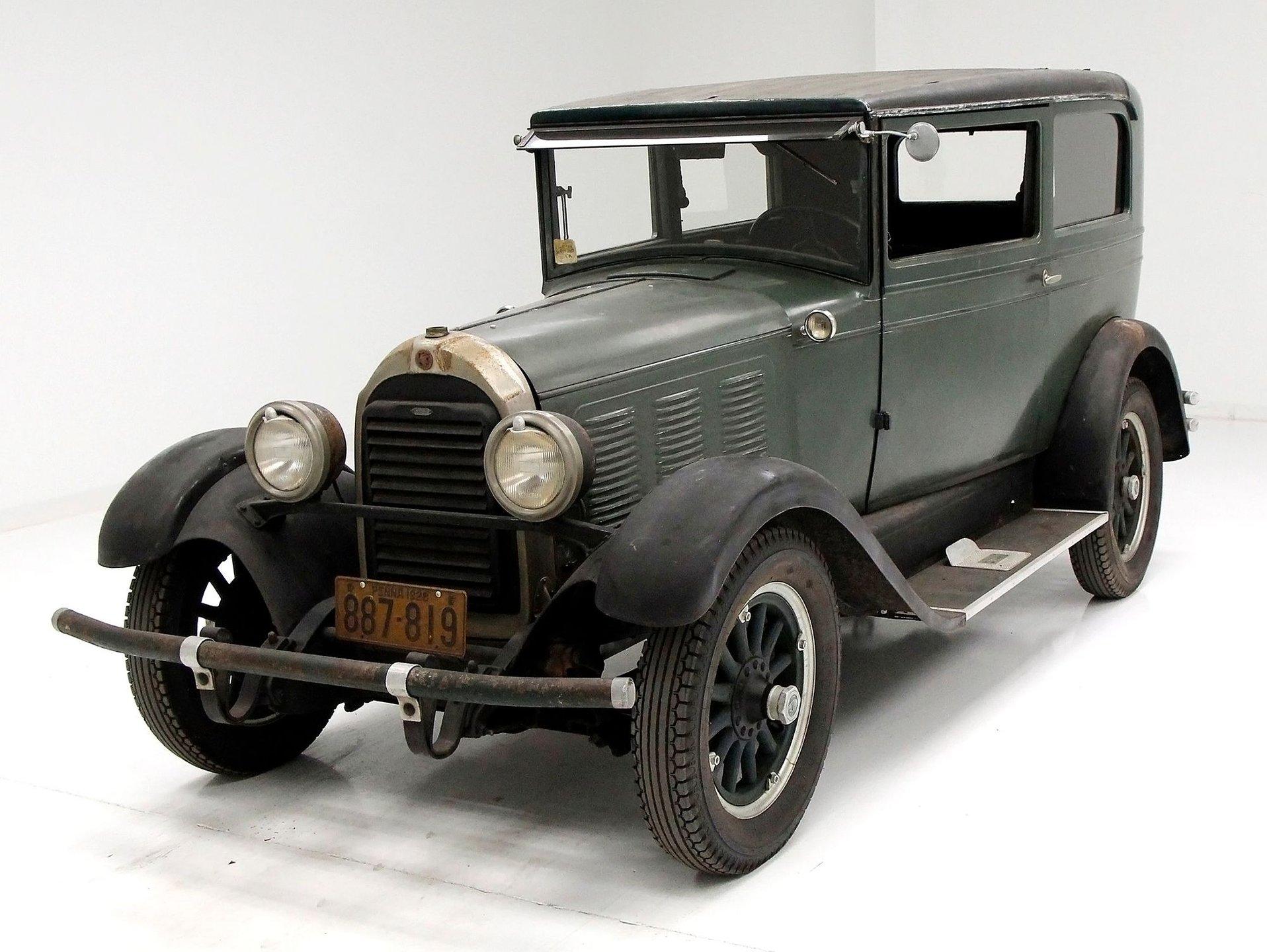 1928 Falcon-Knight Model 12 Sedan