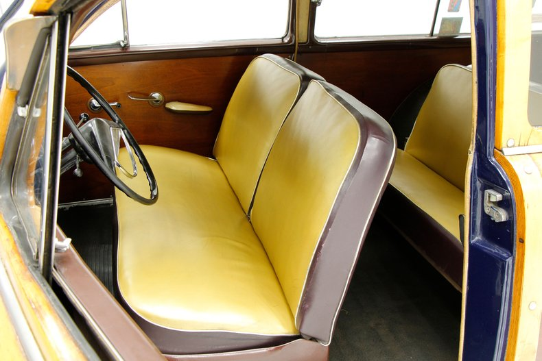 1951 Ford Country Squire 23