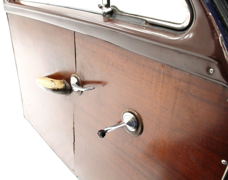 1951 Ford Country Squire 21