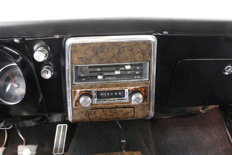 1968 Pontiac Firebird 29