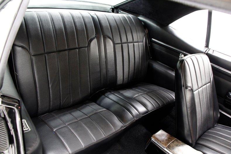 1968 Pontiac Firebird 32