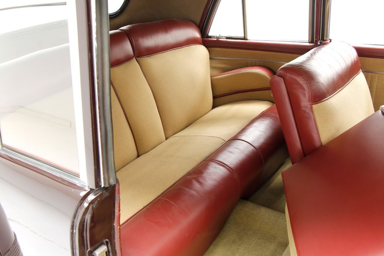 1948 Lincoln Continental 23