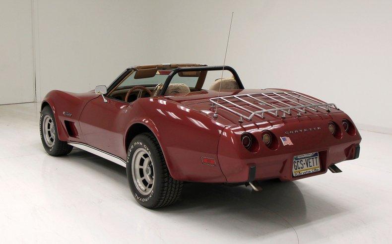 1975 Chevrolet Corvette Convertible 10